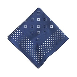 Diamond dot pocket square