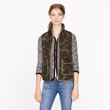 Excursion quilted vest in camo