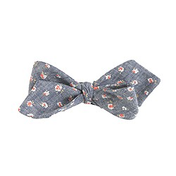 Chambray bow tie in floral print