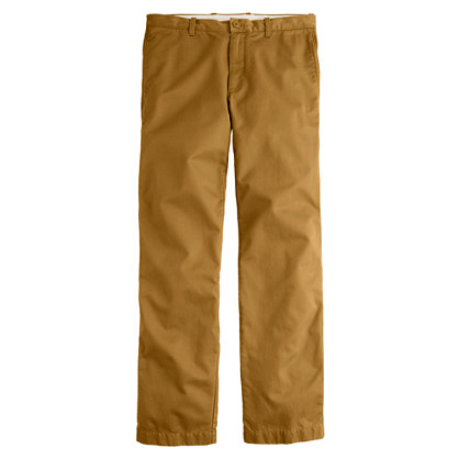 Broken-in chino in classic fit