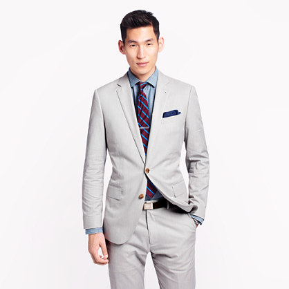 Ludlow suit jacket with center vent in fine-stripe cotton