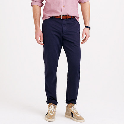 Sun-faded chino in urban slim fit