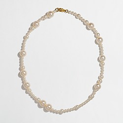 Factory girls' pearl necklace