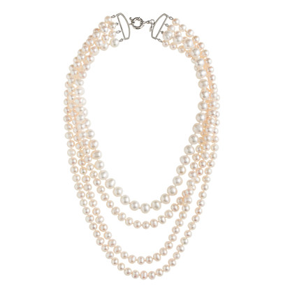 Lady four-strand pearl necklace