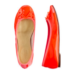 Girls' patent leather ballet flats