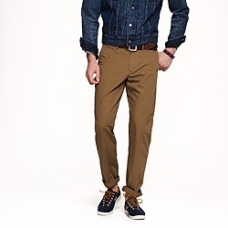 Lightweight chino in urban slim fit