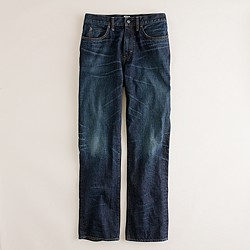 Straight jean in dark worn wash