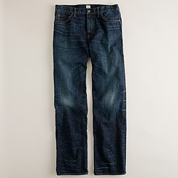 Relaxed jean in dark worn wash