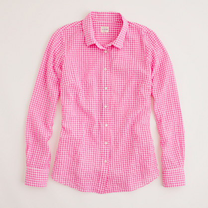 Factory perfect shirt in suckered gingham