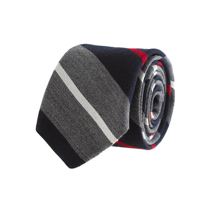Variegated-stripe wool tie