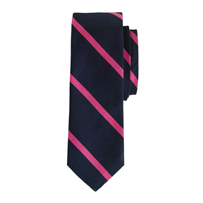 Silk tie in bright stripe