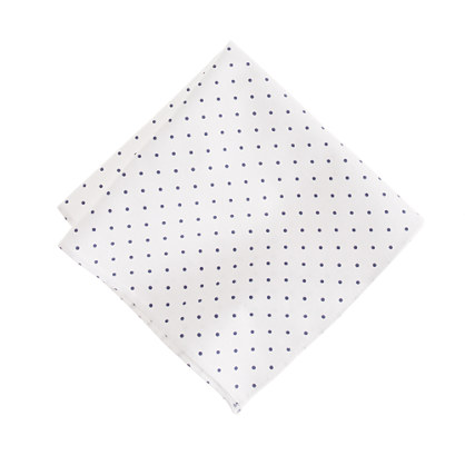 Large-dot pocket square