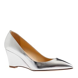 Everly metallic wedges