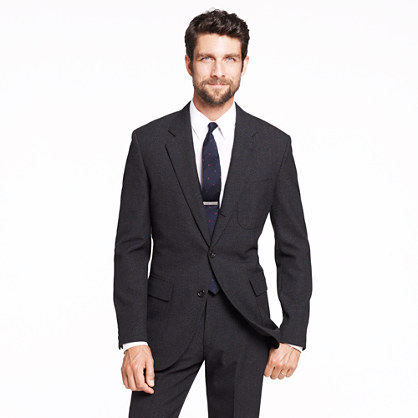 Ludlow Fielding three-button suit jacket with double vent in thornproof English wool