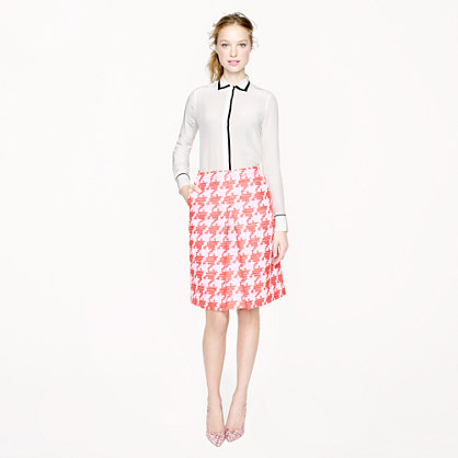 Pixilated houndstooth skirt