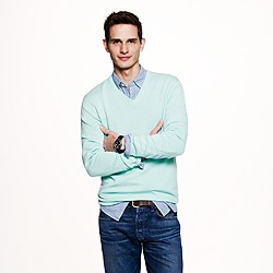 Slim cashmere V-neck sweater