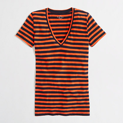 Factory layering v-neck tee in stripe