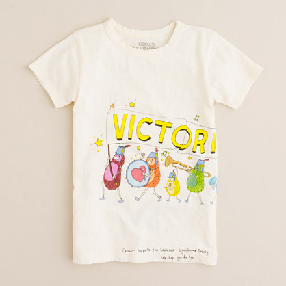 Kids' victorious graphic tee