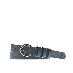 Snakeskin round-buckle belt