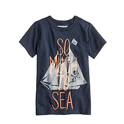 Boys' glow-in-the-dark so much to sea tee
