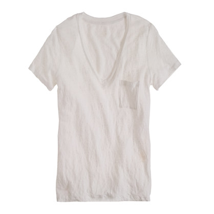 Linen V-neck pocket tee