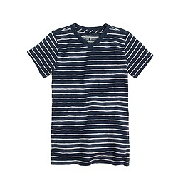 Boys' V-neck tee in thin stripe