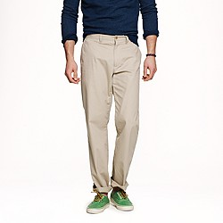 Lightweight chino in regular fit