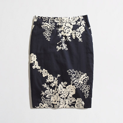 Factory pencil skirt in embroidered floral