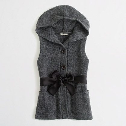 Factory girls' hooded ribbon-belt vest