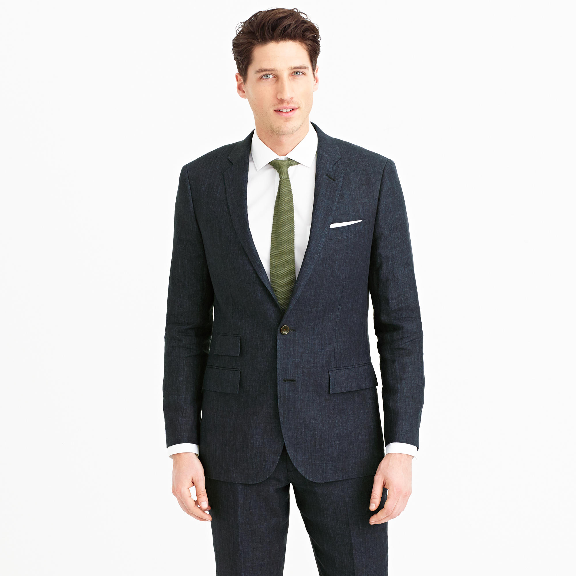 How does this look far a wedding suit for my June wedding
