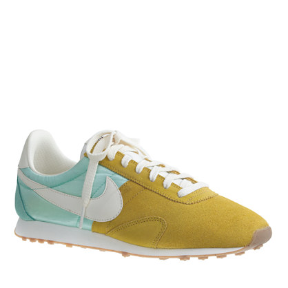 Women's Nike® vintage collection pre-Montreal racer sneakers