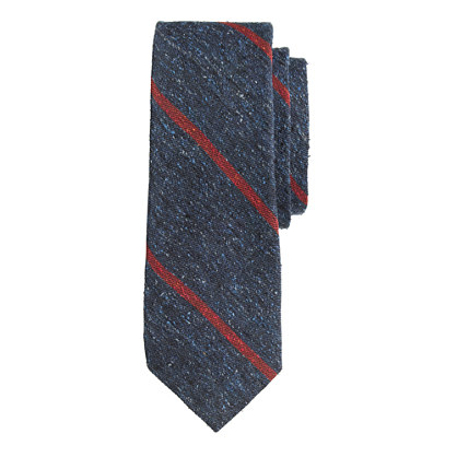 English silk tweed tie in thin stripe