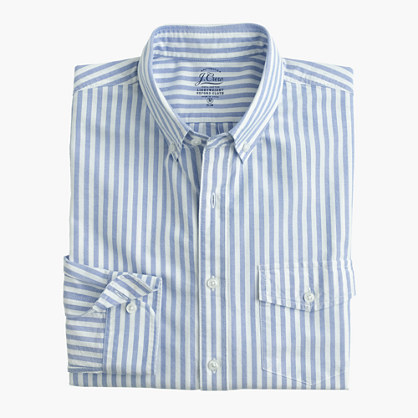 Slim lightweight vintage oxford cloth shirt in periwinkle stripe