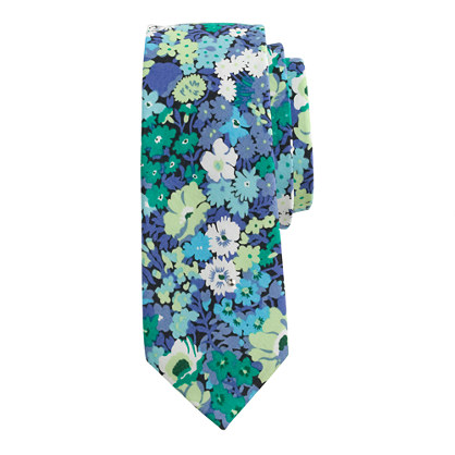 Boys' cotton tie in Liberty thorpe floral