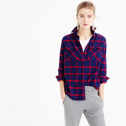 Boyfriend shirt in navy rockport plaid