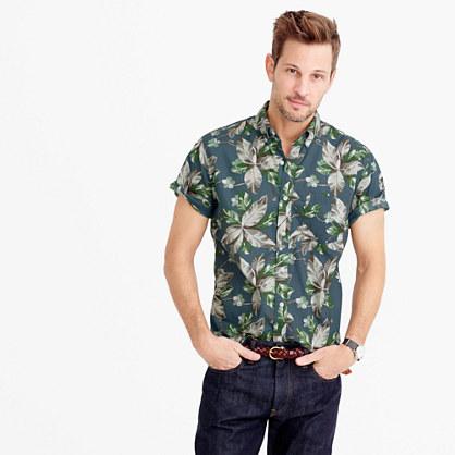 Short-sleeve shirt in spring vine floral