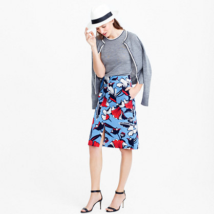 Front-slit skirt in Deco floral