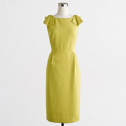 Factory bow-shoulder dress