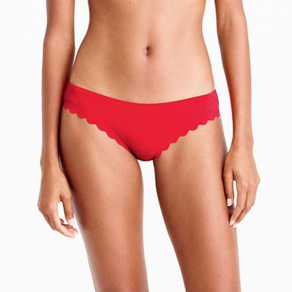 Scalloped bikini bottom in Italian matte