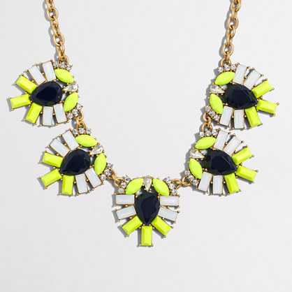 Factory jeweled clusters necklace
