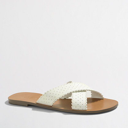 Factory scallop seaside sandals