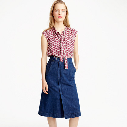Belted A-line skirt in denim