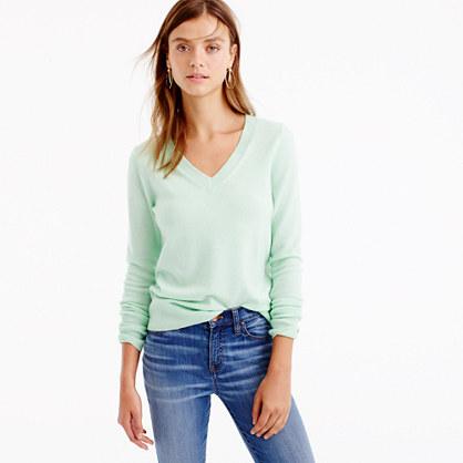 Italian cashmere classic V-neck sweater