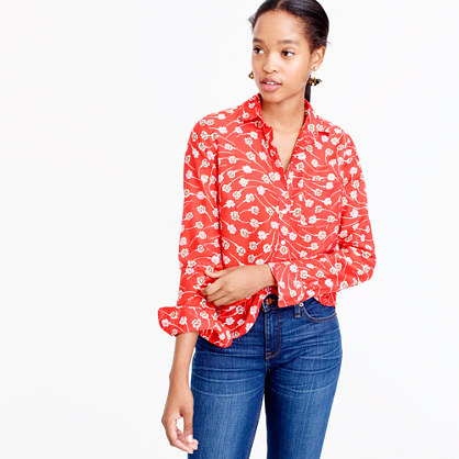 Classic popover in falling floral
