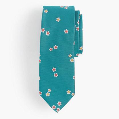 Silk tie in daisy floral