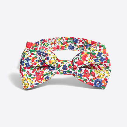 Printed floral bow tie